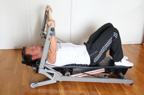 Erik Nicklagård testar Keiron Fitness Bench